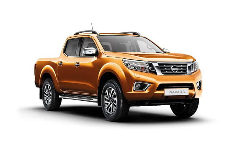 Nissan Navara PickUp King Cab 4wdS 2.3 dCi 4WS 163PS Acenta Pickup Double Cab Manual [Start Stop] front view